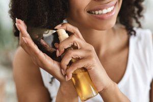 Read more about the article Comment utiliser Olaplex à la maison  pour soigner les cheveux ?