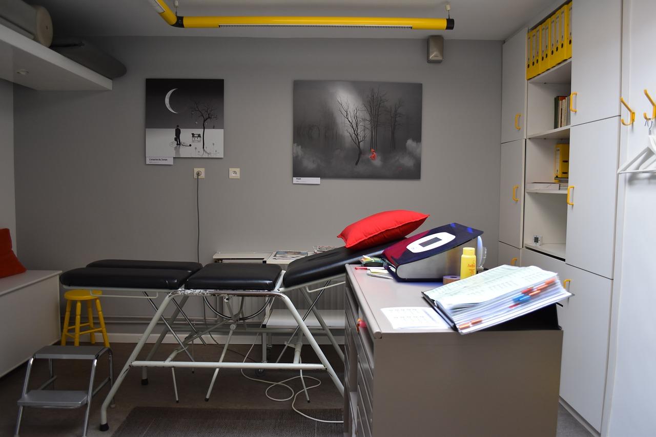You are currently viewing Comment bien choisir sa table de massage pliante reiki ?